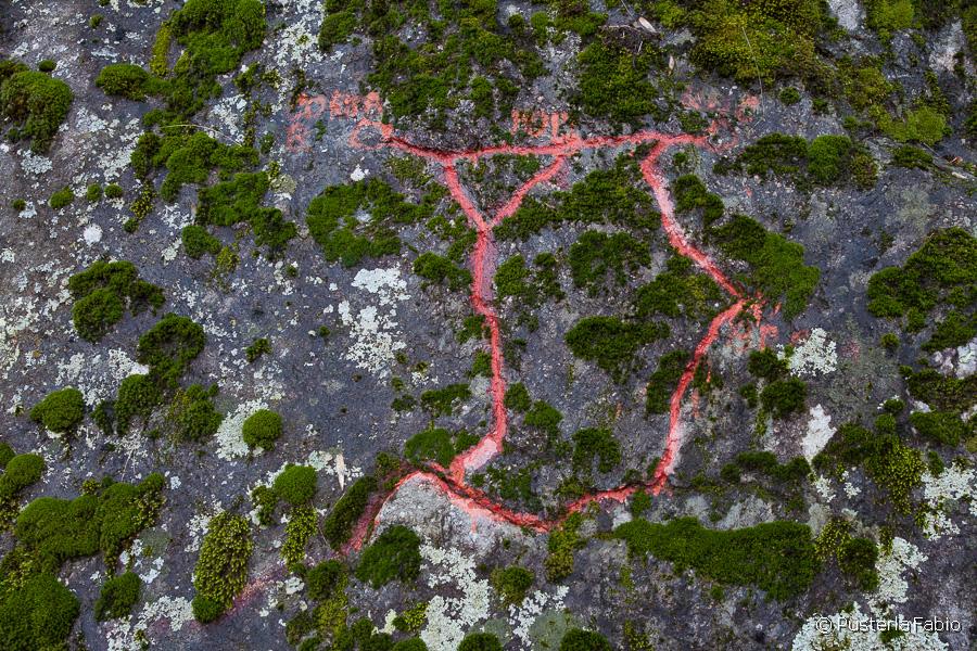 Mappa nella roccia